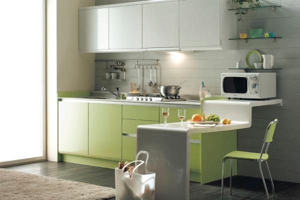 Кухня бело зеленая
