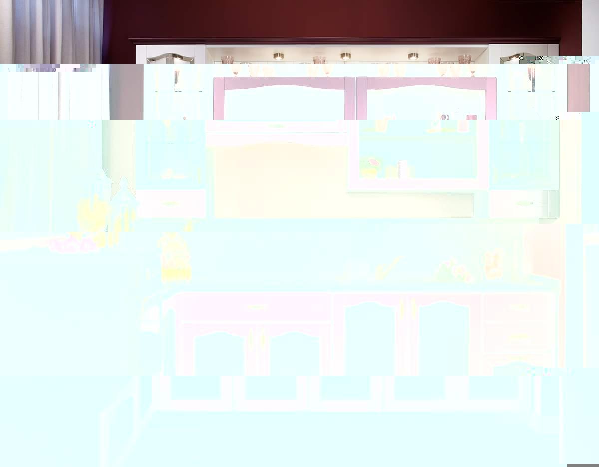 Бордово-белая кухня